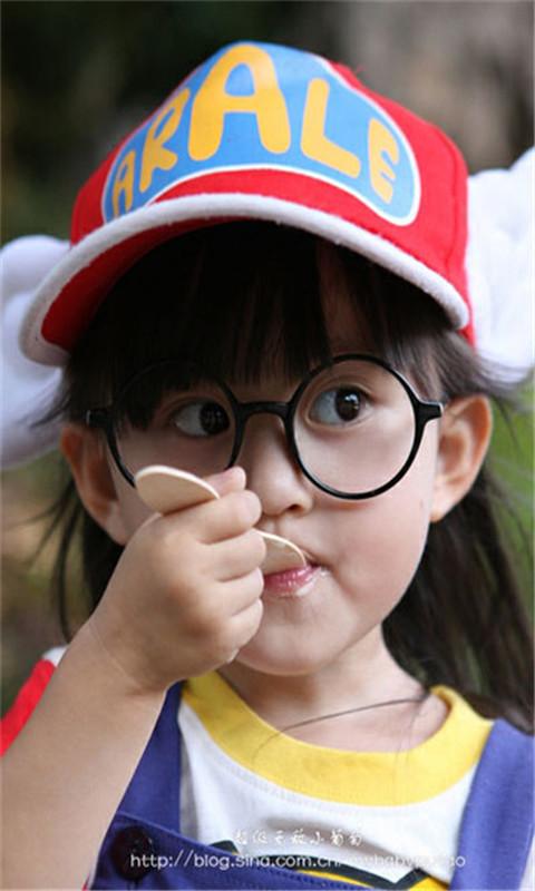 可爱小女孩高清壁纸