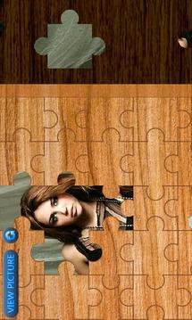 Miley Cyrus Jigsaw HD
