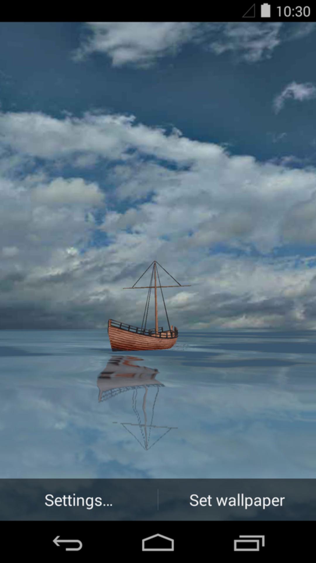 在一望无垠的大海上,有一艘木质帆船在晃动的海面四处漂流,阳光不是很